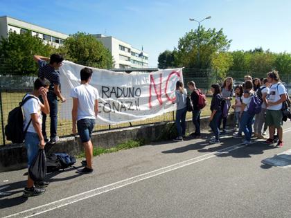 Da Monza a Malnate la Lombardia nera tra raduni e nostalgie, Il fenomeno aggressioni e attentati