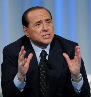 Milano e Napoli per Berlusconi di male in peggio