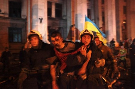 Orrore a Odessa! Nazi bruciano vive 43 persone